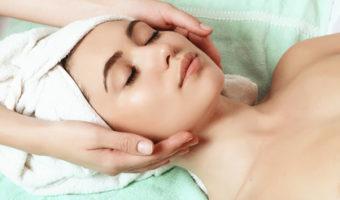 קוסמטיקאית לטיפולי פנים